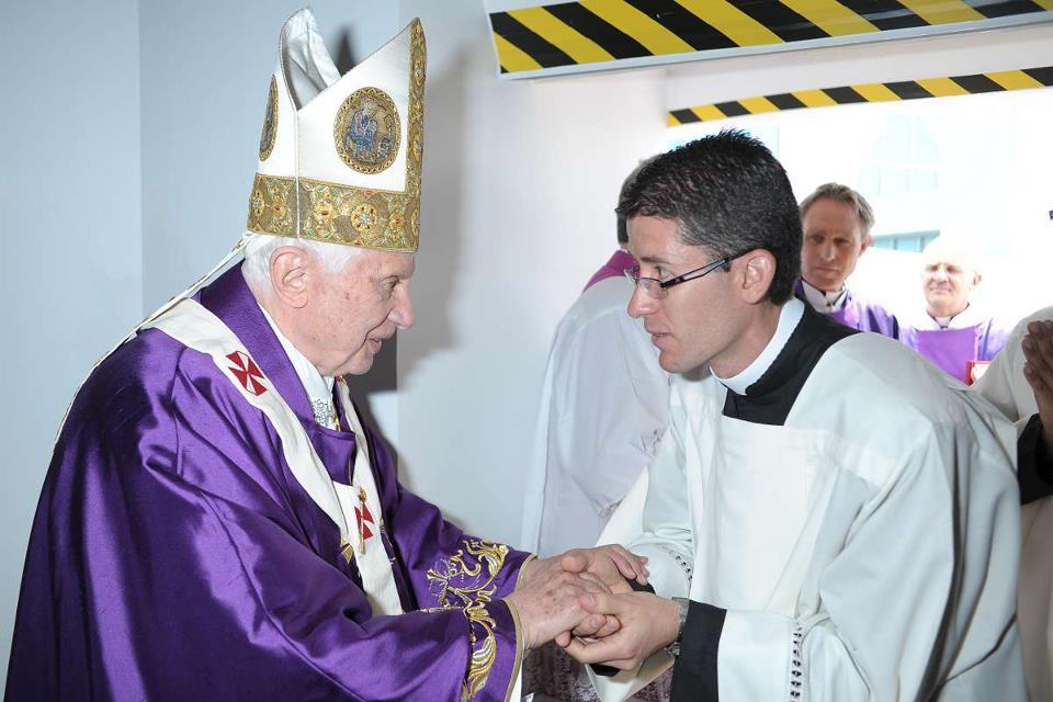 Video del Papa Benedicto XVI y el Seminario de León