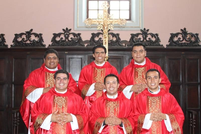 6 Nuevo sacerdotes